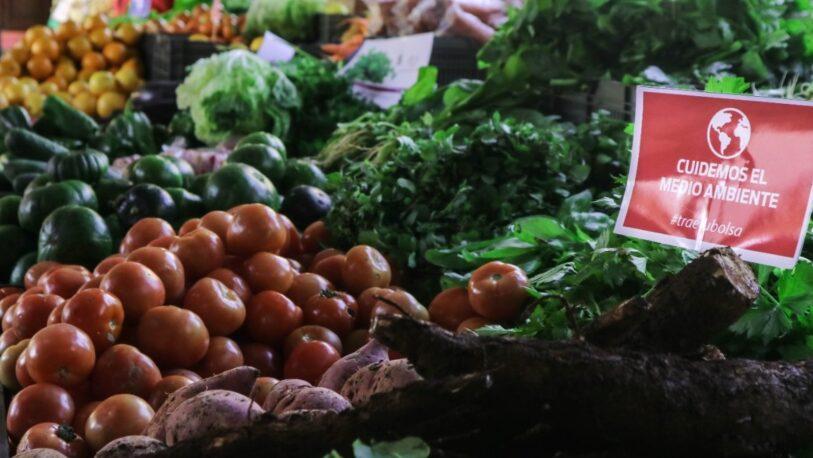 Vuelve a funcionar la feria del mercado Villa Urquiza