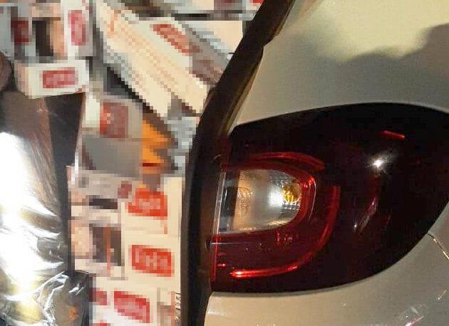 Intentaron huir de Gendarmería con 12 mil atados de cigarrillos