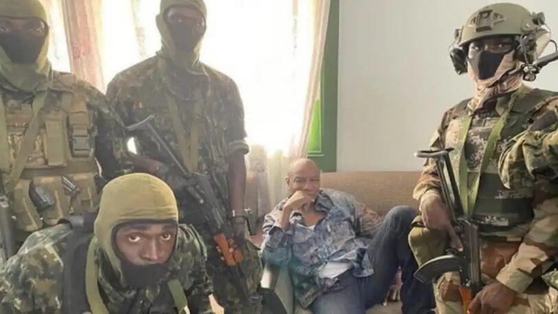 Golpe de Estado en Guinea: militares suspenden la Constitución y arrestan al presidente