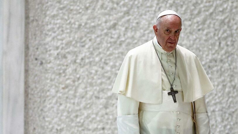 """El Papa Francisco denunció que algunos lo """"querían muerto"""" dentro del Vaticano"""