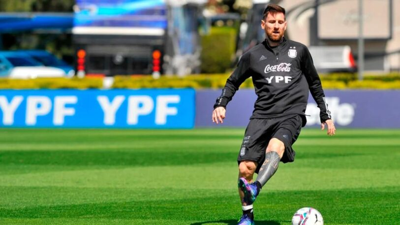 Lionel Messi se sacó una selfie en plena madrugada desde Paraguay y se volvió viral