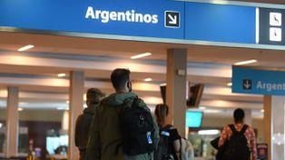 El Gobierno confirmó que levanta el cupo para ingresar al país: cuándo entrará en vigencia