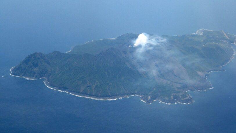 Japón: Entra en erupción uno de los volcanes más activos del mundo