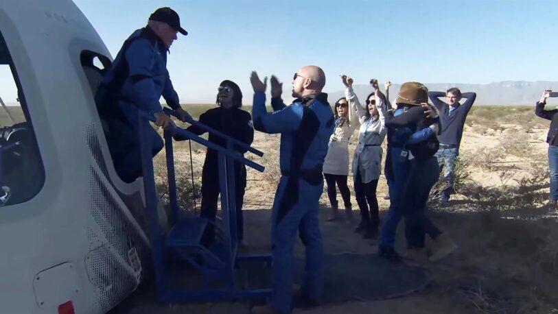 William Shatner viajó al espacio en un vuelo de Blue Origin