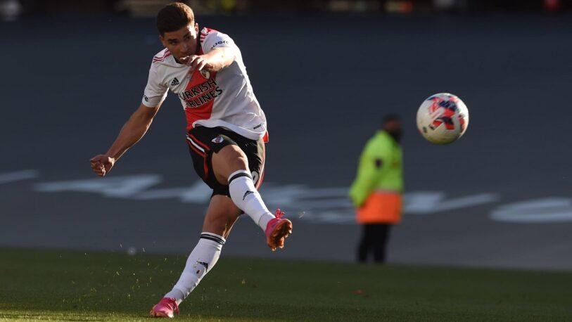 River Plate le gana a Boca con un doblete de Álvarez