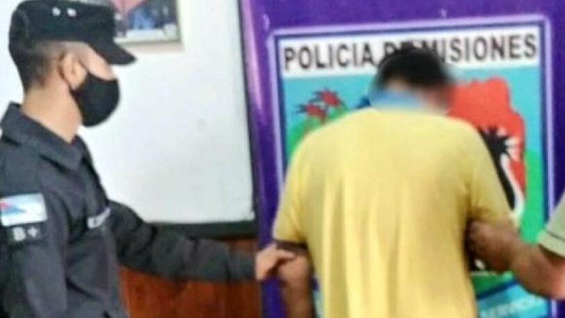Detuvieron a un hombre que atacó a su madre con un palo