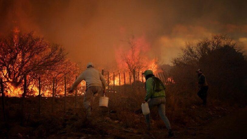 Incendios en Córdoba: hubo dos muertos y se ordenó la evacuación en el norte