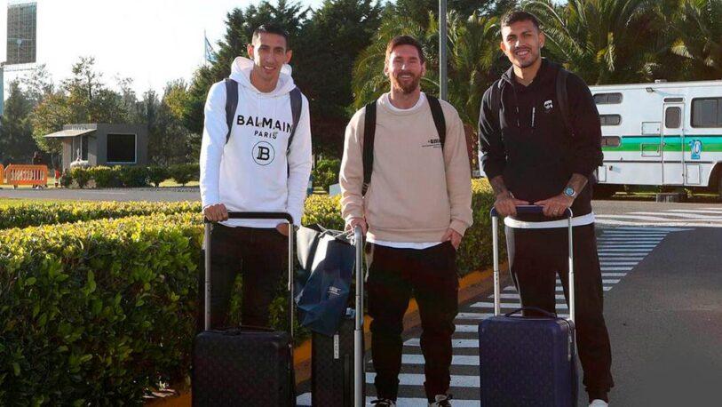 Messi llegó junto a Di María y Paredes para lucir la camiseta argentina